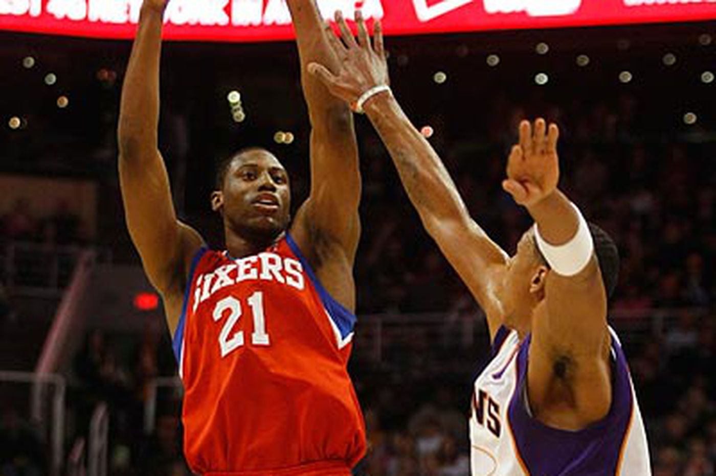 Sixers storm past the Suns