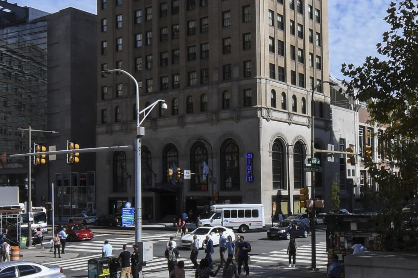 Philly union presses pension funds re: nonunion hotel (Updates)