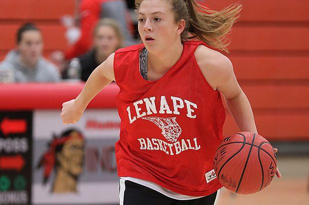 Lenape's Shannon Mulroy, soccer goalie, scores big in basketball, too