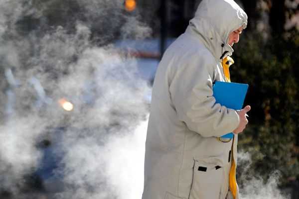 Tips for staying warm from Philadelphians who work outside