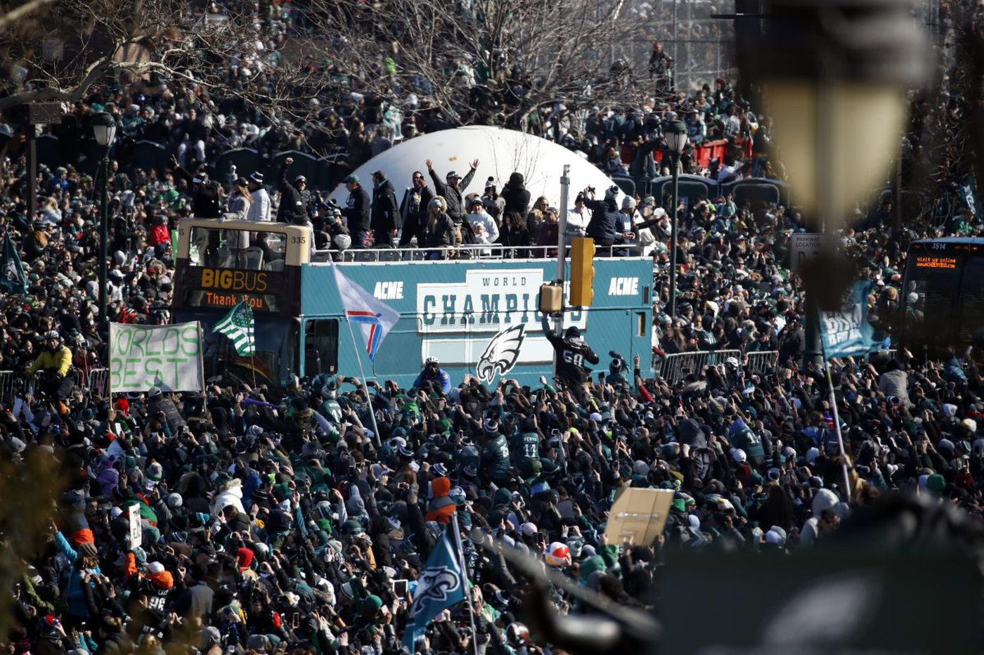 Will Thursday's Super Bowl parade make the flu spread?