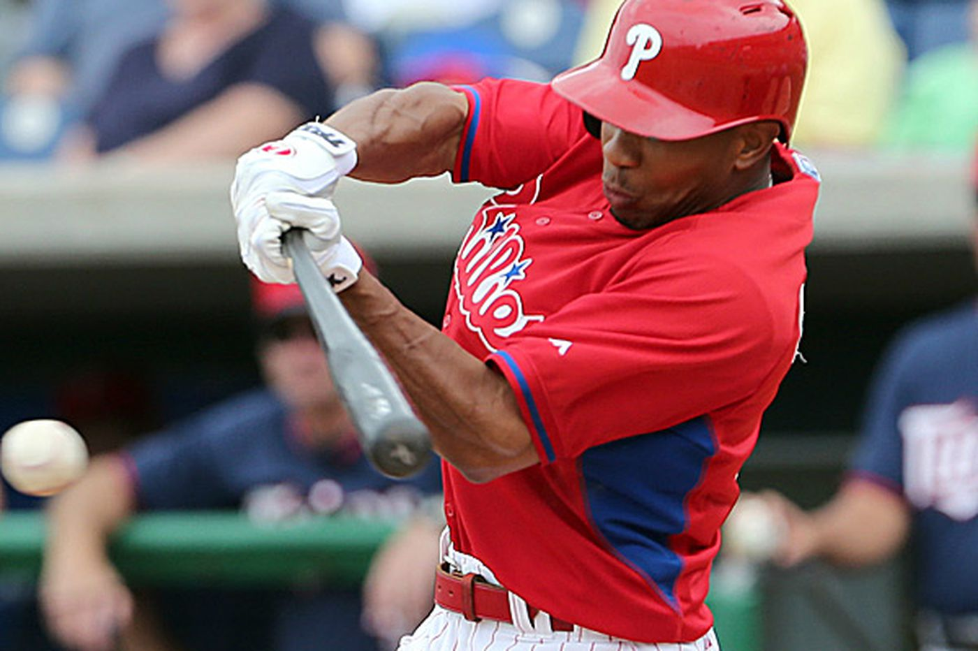 Phils' 'Happy' Revere can stand the pain